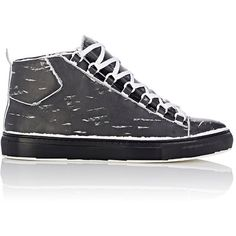 Balenciaga Arena High-Top Sneakers ($695) ❤ liked on Polyvore featuring men's fashion, men's shoes, men's sneakers, black, mens black shoes, balenciaga mens sneakers, mens black hi top sneakers, balenciaga mens shoes and mens high top shoes