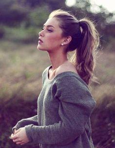 Idées cheveux attachés hiver 2015 - Cheveux attachés : 30 idées de coiffures chics ou décontractées - Elle