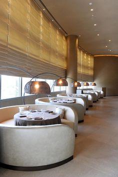 Luxury restaurant in Dubai Luxury Beauty - http://amzn.to/2jx73RT