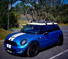Bike rack for the mini...and I love the black wheels and mirrors. Note to self.