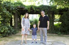 Lifestyle portraits: Family session at the Coker Arboretum (Chapel Hill, NC)…
