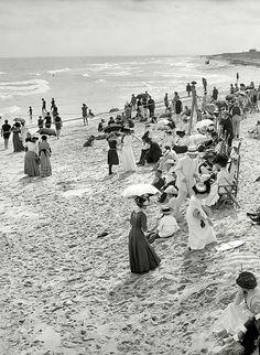 frank-is-john:  Bathing at West Palm Beach - Florida - 1910