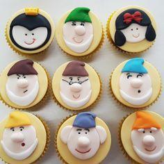 Mini cupcake Branca de Neve