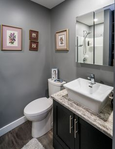 Trendy Ideas For Bathroom Dark Vanity Countertops Gray And White Bathroom, White Vanity Bathroom, Bathroom Vanities, Dark Bathrooms, Beautiful Bathrooms, Bathroom Design Small, Bathroom Layout, Bad Inspiration, Bathroom Inspiration