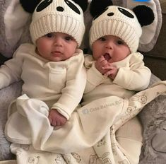 So Cute Baby, Cute Baby Twins, Twin Baby Girls, Baby Kind, Cute Baby Clothes, Baby Love, Twin Baby Names, Boy Girl Twins, Adorable Babies