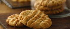 Packed with great peanut butter taste, these Betty's Best peanut butter cookies are sure to please.