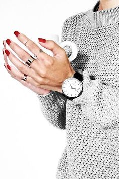 Official Online Shop Of Charlize Watches - Official Online Shop Of Charlize Watches Lovely red nails. Red nails go with everything. Instagram Inspiration, Mode Inspiration, Watches Photography, Jewelry Photography, Holiday Nail Designs, Holiday Nails, Manicure Y Pedicure, Minimal Jewelry, Red Nails