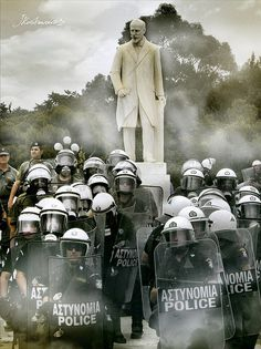 Athens, Greece My Athens, Athens Greece, Society Problems, Tactical Armor, Hong Kong Art, Riot Police, Special Forces, Greece Travel, Law Enforcement