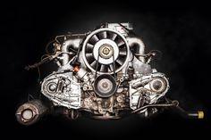 Porsche Motorblock ( engine ) 911, Targa. Ein Oldtimer / Retro Classic Car / Automobil von Porsche.