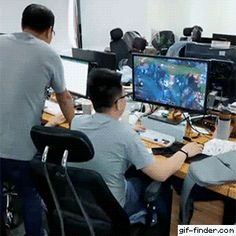 This guy has mastered playing games in front of his boss