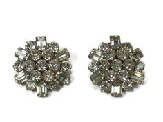 Weiss Rhinestone Earrings, Clip On, Vintage Jewelry, Clear Rhinestone, Wedding Earrings, Vintage Earrings, Estate Jewelry, Crystal Earrings by VintageGemz on Etsy