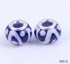 $1.39   10x 15 mm Blue Transparent Colors with White Pattern Lampwork Glass Charms http://www.eozy.com/10x-15-mm-blue-transparent-colors-with-white-pattern-lampwork-glass-charms.html