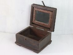 View our Wooden Box With Mirror from the Gifts For The Home collection - a unique jewellery box for box watch. Display this gorgeous wooden box on a dresser and let it bring that vintage charm to your bedroom. Unique Gifts For Men, Unique Presents, Money Jars, Leather Gifts, Gifts For Father, Vintage Gifts, Thoughtful Gifts, Wooden Boxes, Bag Accessories