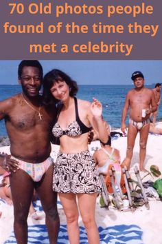 It's always such a rush when you run into a celebrity – it's surreal to see them off the big screen, just being regular people! These regular civilians share their photos of random celebrity encounters, or encounters their parents and grandparents had back in the day. Sunset Wallpaper, Cute Cat Wallpaper, Butterfly Wallpaper, Flower Phone Wallpaper, Summer Gel Nails, Cheap Diet, Fitness Magazine, Pretty Wallpapers, Aesthetic Girl
