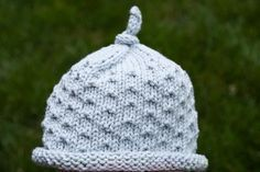 Here's a quick freebie for those of you looking for an easy, but adorable baby hat to make in an evening or two. It has a rolled brim and d...