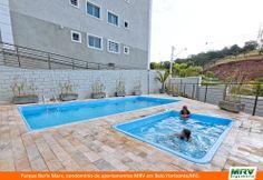 Paisagismo do Burle Marx. Condomínio fechado de apartamentos localizado em Belo Horizonte / MG.