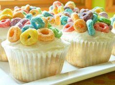 Fruit Loops cupcakes