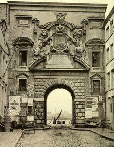 De opmerkelijke reis door Antwerpen van de zeventiende-eeuwse Waterpoort