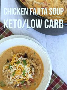 Low Carb Chicken Fajita Soup I love experimenting with new low carb/keto recipes. Especially when they are easy and my entire family enjoys the finished product. Since I'm a very busy mom of I Ketogenic Recipes, Low Carb Recipes, Cooking Recipes, Healthy Recipes, Ketogenic Diet, The Menu, Dim Sum, Mexican Food Recipes, Soup Recipes