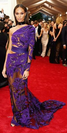 Discount Carpet Runners For Hall Joan Smalls, Color Of The Year, Pantone Color, Ultra Violet, Red Carpet, Formal Dresses, Purple, Inspiration