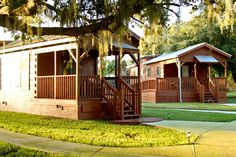 quail creek plantation cabins for wedding guests to stay in =) OBSESSED