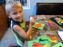 Lots of kids' craft ideas