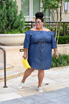 17 plus size summer outfits for chic curvy girls Curvy Fashion Summer, Big Girl Fashion, Plus Size Fashion For Women, Curvy Women Fashion, Womens Fashion, Plus Size Intimates, Plus Size Lingerie, Curvy Outfits, Plus Size Outfits