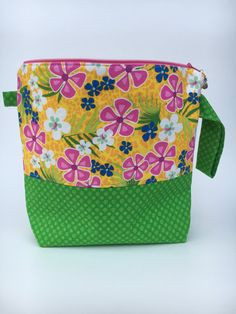 Zippered knitting project bag by partyof5crafts on Etsy