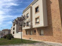 Vende-se Usado Apartamento T2 Lisboa Vila Franca de Xira Alverca do Ribatejo