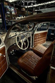 VW Fusca Beetle Carros Retro, Carros Vintage, Vw Bugs, Volkswagen Bus, Fusca German Look, Car Interior Upholstery, Vw Super Beetle, Hot Vw, Vw Classic