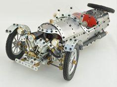 Meccano Morgan 3 Wheeler car by Stefan Tokarski