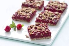 Hungry Girl's Raspberry Streusel Bars Recipe - 122 Calories