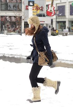 I wanted to buy some cute Sorels last winter but never did...really want some this year