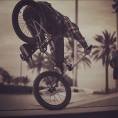 this is a cool bmx trick.