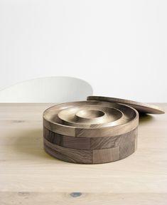 Boîte à bijoux en bois AC02 JEWEL by e15 | design Saskia Diez