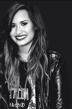 Demi Lovato †