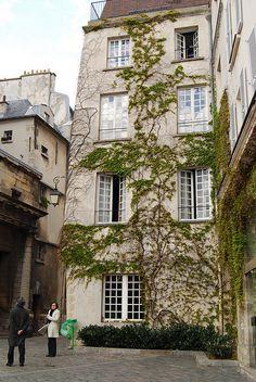 bastille and marais