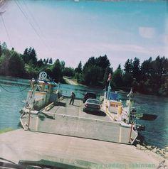 Buena Vista Ferry over the Willamette River, Oregon