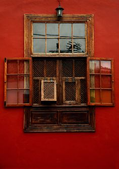 """b-no-photo-stuff: """" - A Simple Window - Los Llanos de Aridane - La Palma - """""""
