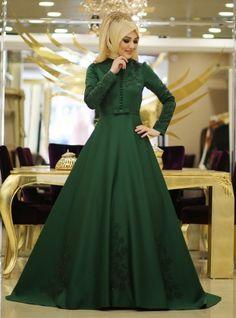Acelya Evening Dress - Emerald Green - Minel Ask Muslim Evening Dresses, Elegant Prom Dresses, Muslim Dress, Hijab Fashion, Fashion Dresses, Hijab Dress Party, Hijab Style Tutorial, Emerald Dresses, Muslim Women Fashion