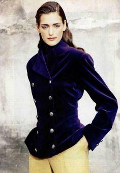 She wore blue velvet.  Chloe, 1990.