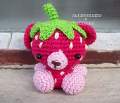 strawberry bear - just pic for now. Puts up patterns for her designs