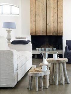 Achetez ou bricolez une petite table pour votre intérieur | BricoBistro