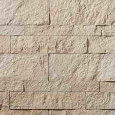 Cultured Stone Hewn Stone brings the chic solemnity of castle-work to modern architecture with rough textures and smooth colors. Stone Siding, Stone Facade, Stone Cladding Texture, Stone Texture Wall, Boral Cultured Stone, Exterior Wall Cladding, Exterior Houses, Brick And Stone, Stone Walls