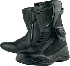 These boots are meant for riding! Find cute motorcycle boots for women here at Biker Girl Bling! Great choices of leather boots, casual riding shoes, Harley Davidson motorcycle boots, and more, for your riding needs. Waterproof Motorcycle Boots, Waterproof Boots, Biker Chick, Biker Girl, Motorcycle Outfit, Motorcycle Parts And Accessories, Girls Shoes, Black Boots, Reign