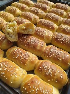 Slow Cooker Recipes, Cooking Recipes, Bread Dough Recipe, Greek Cooking, Greek Recipes, Hot Dog Buns, Food And Drink, Appetizers, Nutrition