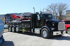 Kenworth w/Century 1140 Truck Mechanic, Tow Truck, Big Trucks, Towing And Recovery, Kenworth Trucks, Good Ole, Heavy Equipment, My Ride, Buses