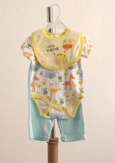 BB074 Barnett Boy Onesie with Giraffes Bib and Pants set $13.90  Giraffe patterned onesie set with bib, onesie and matching pants.  100% cotton.