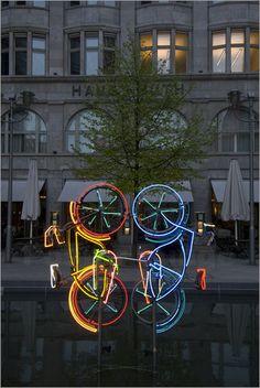 Fahrrad fahren Skulptur - Paolo Cordelli