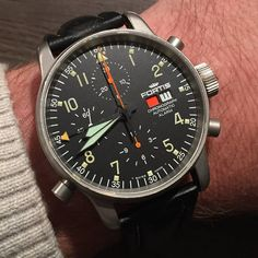 Sharing an email submission from @ABCSteed. So many cool features packed into the #Fortis Flieger Chronograph Alarm.  #womw #watchonmywrist #watchcollecting #watches #wristshot #instawatch #wis #swissmade #wruw #luxurywatches #watchfam